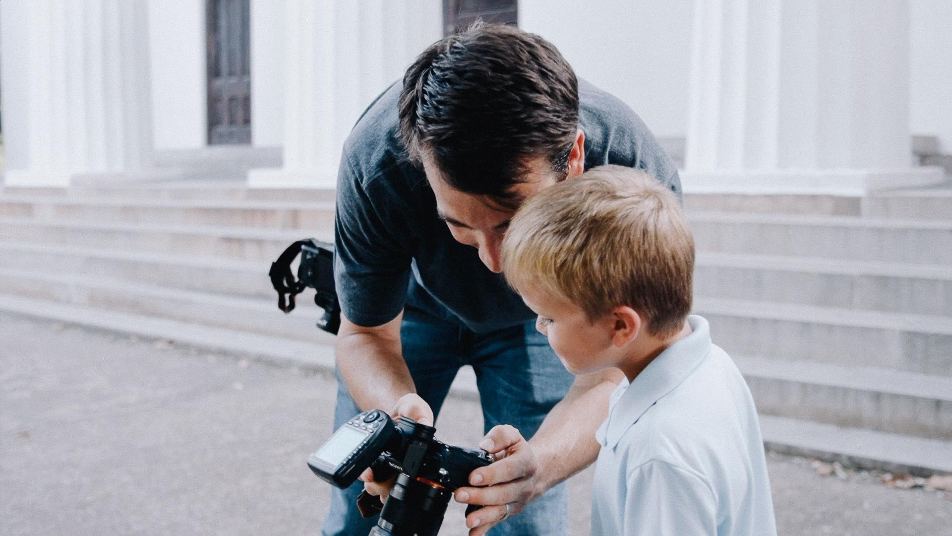 Professional Wedding and portrait photographer Phillip Blume on set in Georgia